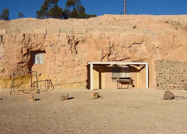 catacomb_church