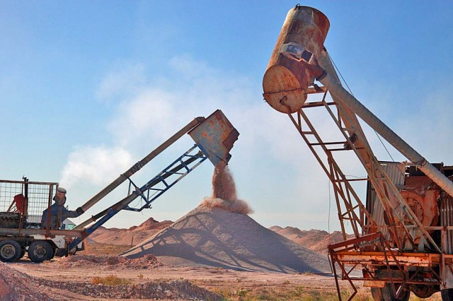 Blower Working On 6 Mile Diggings In The Coober Pedy Opal Fields